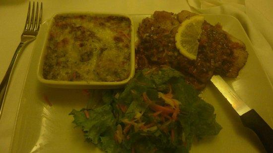 Wendie's: Lambis grillés sauce créoles et ses garnitures