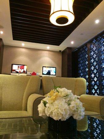 Butterfly on Wellington: reception lounge