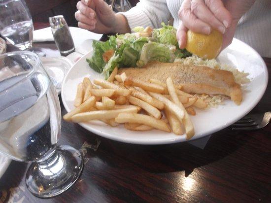 Restaurant De La Place : Filet d'aiglefin de mon épouse - 9 décembre 2013.