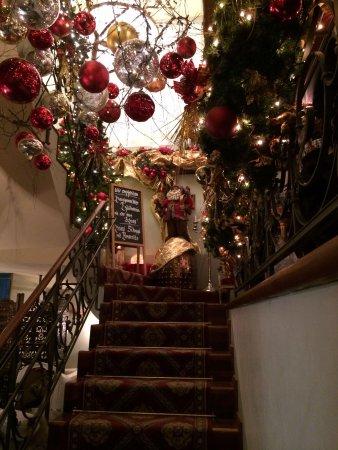Cafe Schober: Weihnachtsgeschmückt