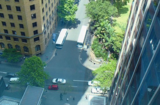 Amora Hotel Jamison Sydney : A Long Way Down