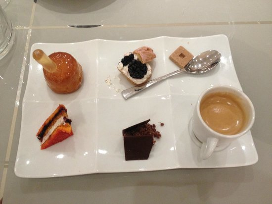 Le Balthazar: café gourmand