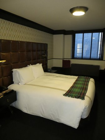 Gild Hall - A Thompson Hotel: King Deluxe Room
