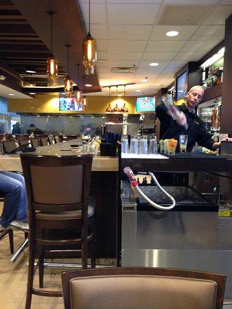 Cat Cora Kitchen: Bar area
