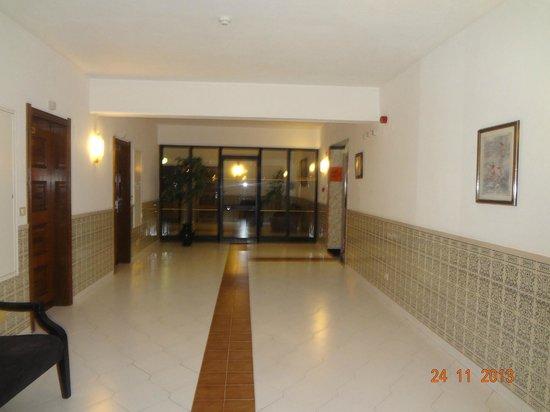 Hotel Apartamento Brisa Sol: pasillo