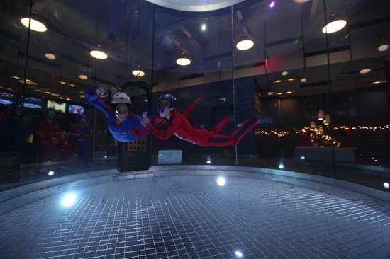 iFLY Austin Indoor Skydiving: Relax and enjoy the wind