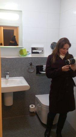 Vintage Design Hotel Sax: bathroom