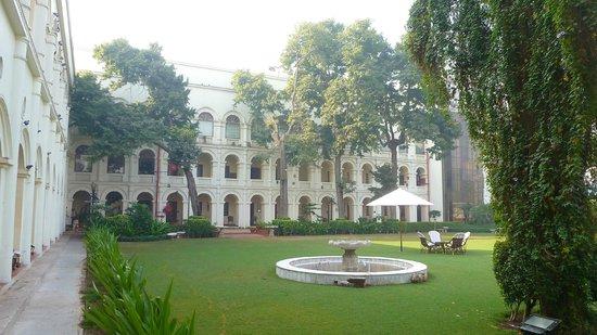 The Grand Imperial, Agra: Vue de l'hôtel sur le jardin