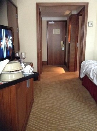 Leeds Marriott Hotel: room 353
