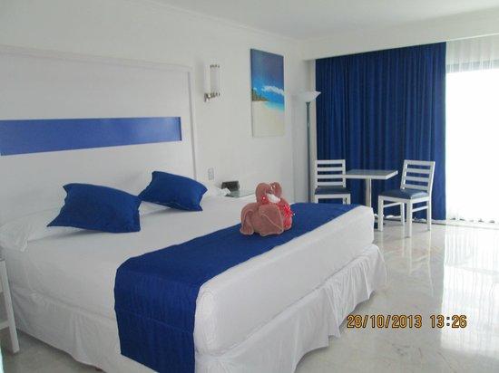 Hotel Riu Caribe: NUESTRA HABITACION