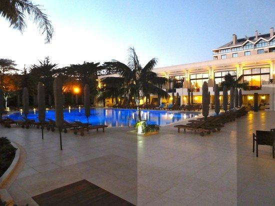 Palacio Estoril Hotel, Golf and Spa : la piscine