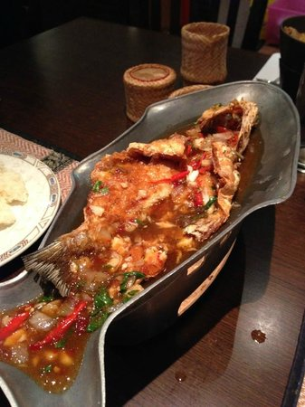 Thai Aroy Dee : Sea bass Lad Prig