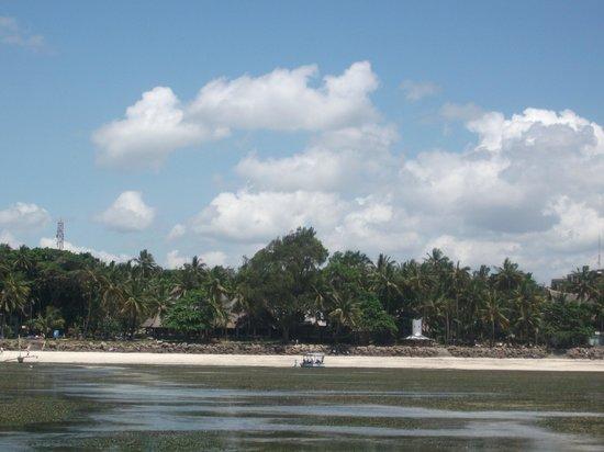 Severin Sea Lodge: Das Hotel vom Strand aus gesehen