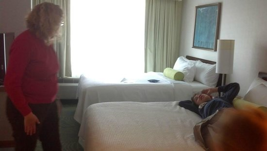 SpringHill Suites Mystic Waterford : comfy beds