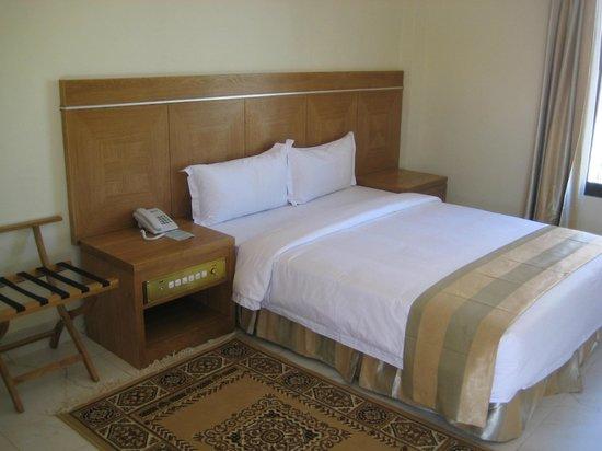 Hotel Seven Star : Een prima bed met uitstekend matras