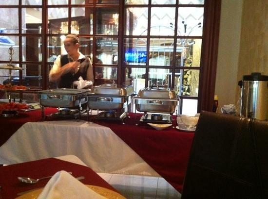 Hotel La Aurora : El desayuno