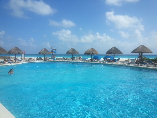 Grand Park Royal Cancun Caribe: the main pool area where all the action is.