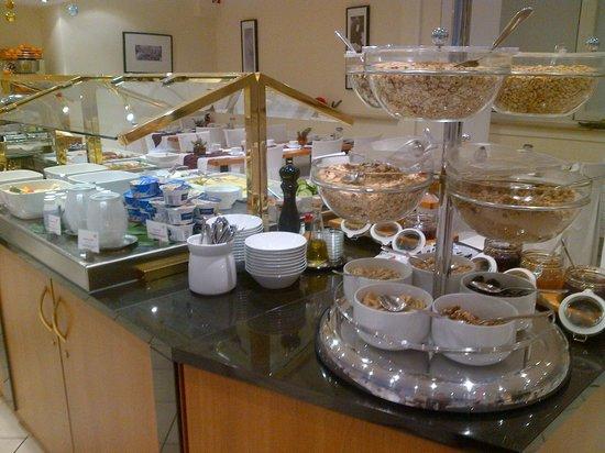 Hotel Mercure München Altstadt: buffet
