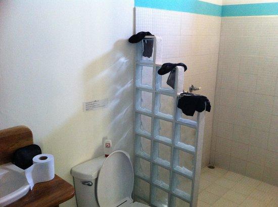 Hotel Meli Melo : Salle de bain