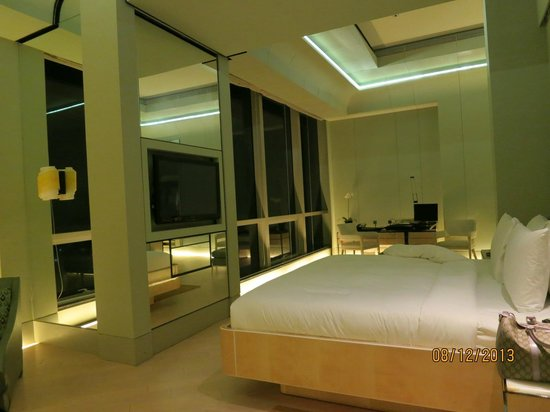 Keraton at The Plaza, a Luxury Collection Hotel (SPG by Marriott International): Room