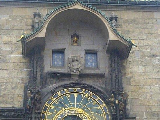 Rathaus und astronomische Uhr (Orloj): Astronomical Clock