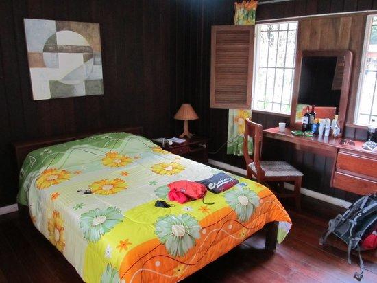 La Baula Lodge: großes Zimmer - sehr rustikal