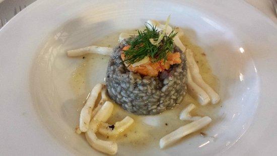 Mango Lounge at The Chequers: Sauteed Squid, Risotto Nero, Tempura Prawn, Garlic Butter