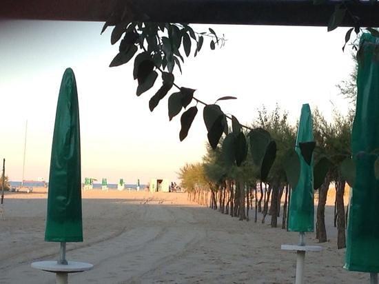 """Spiaggia del ristorante """"Da Buco"""""""