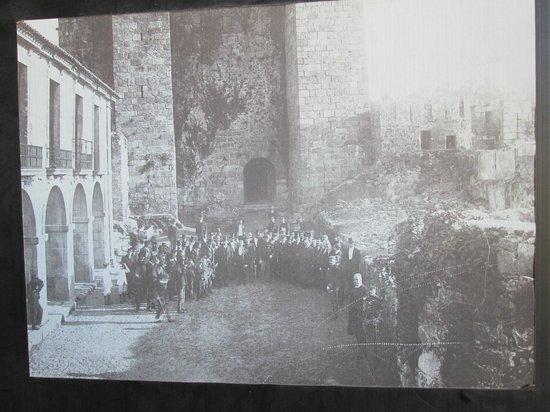 Castelo de Santa Maria da Feira: foto antiga do Castelo dos Pereiras