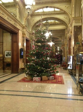 Hotel Metropole: only a small part of the lobby