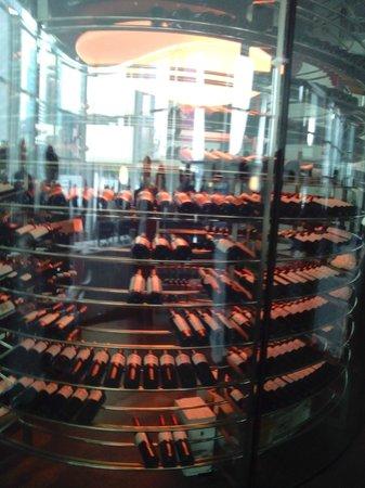 Nuclo: The wine cellar