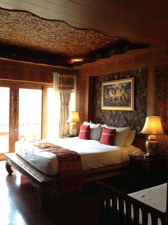 Santhiya Koh Phangan Resort & Spa: Deluxe Room ; very nice room