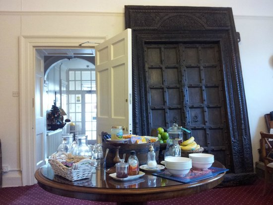 Moda House : The breakfast room