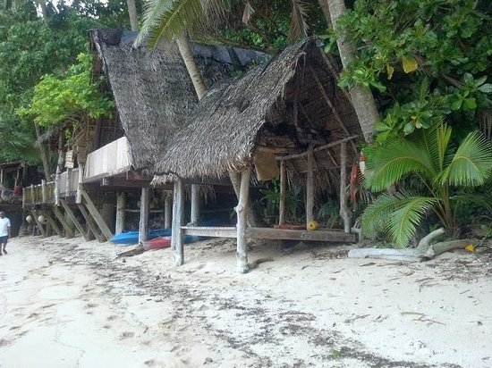 Tisa's Barefoot Bar: One of the dwellings available for rent