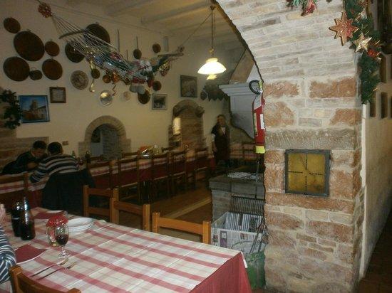 Taverna della Rocca : La sala principale