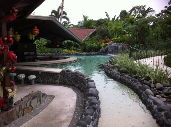 Arenal Springs Resort and Spa: Swim Up Bar/Hot Pool