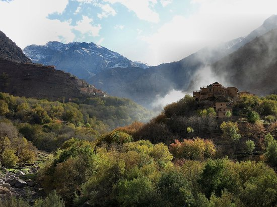 Riad Atlas Toubkal : View towards Toubkal from the roof terrace