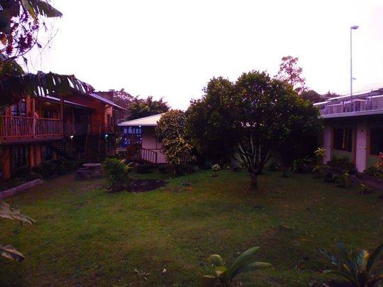 Pension Santa Elena : View of the garden