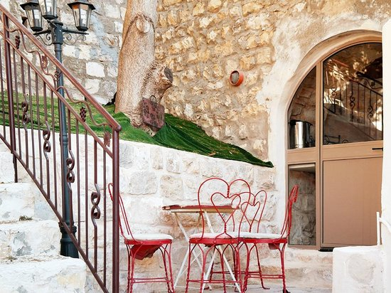 Beit Yosef Bed & Breakfast Patio
