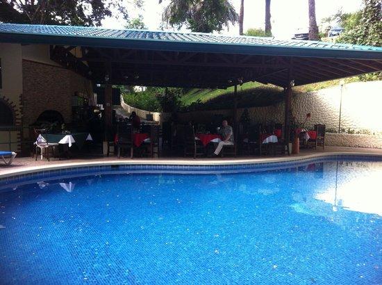 Byblos Resort & Casino : Pool & Restaurant