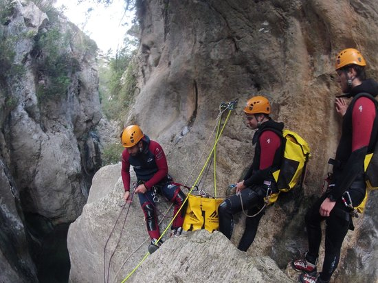 Experience Mallorca: canyoning in mallorca with E.M