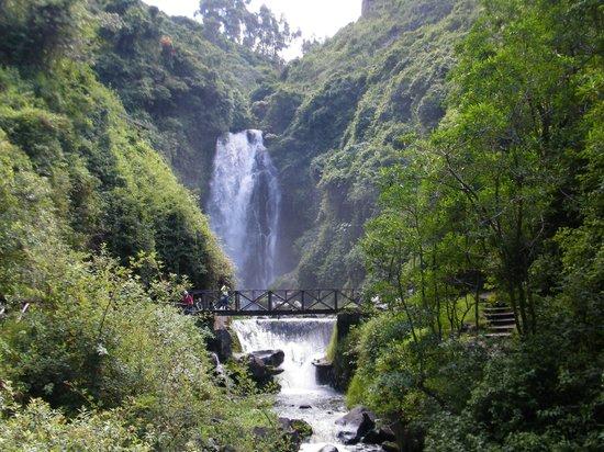 Peguche Waterfall: Peguche