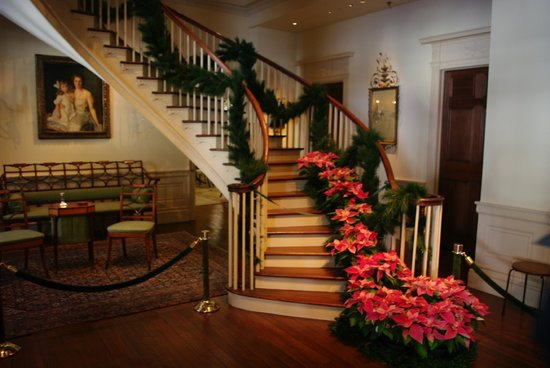 Winterthur Museum, Garden & Library: The grand staircase.