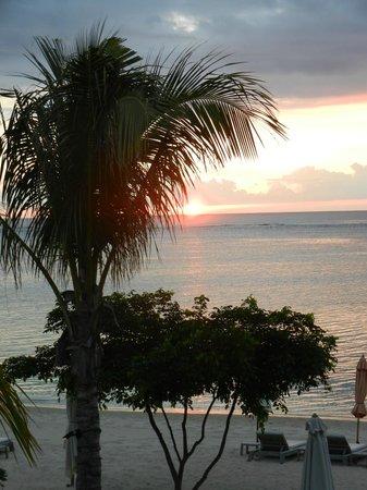 The St. Regis Mauritius Resort: Coucher de soleil