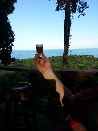 Caribeans Coffee & Chocolate : the ancient chocolate drink