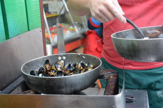 Oban Seafood Hut: Steaming Mussels