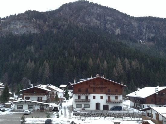 Hotel Garni Il Cirmolo: Vista dalla camera