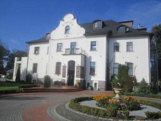 Usadba Hotel: Главное здание