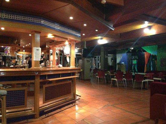 Ponderosa Apart Hotel: bar