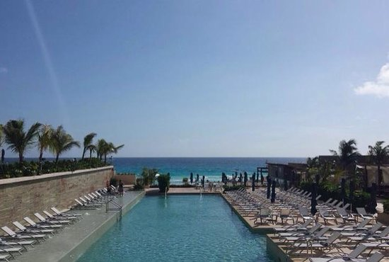 Secrets The Vine Cancun: Pool view